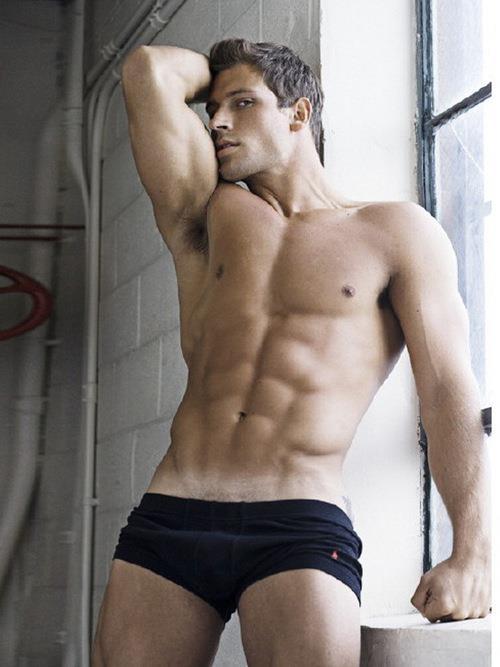 Mensuas Hot Guy Pic